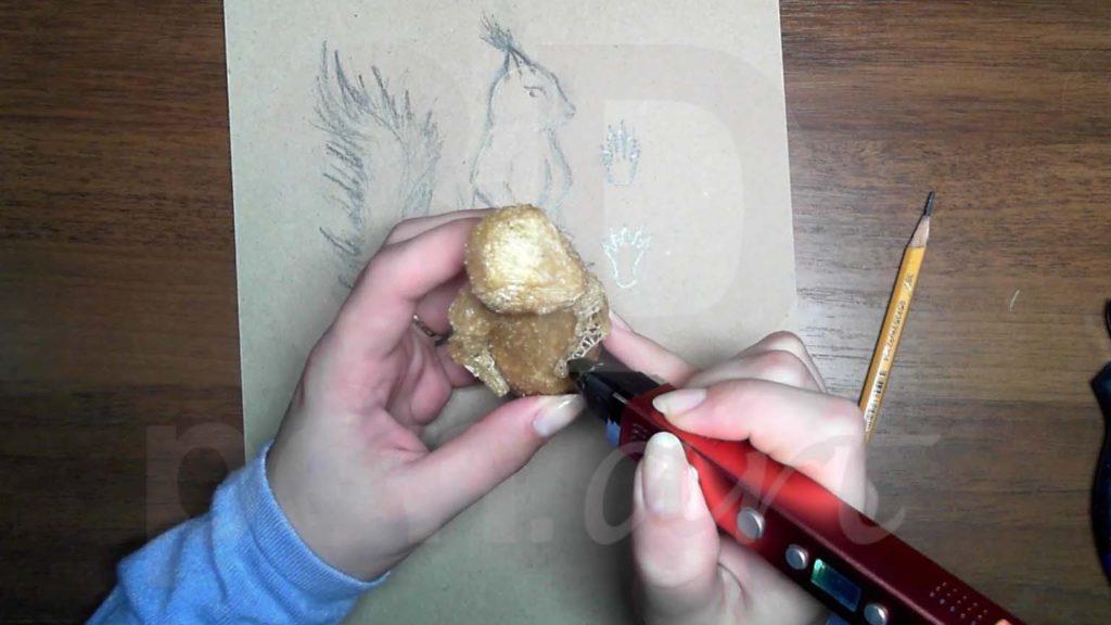 Белка 3D ручкой. Присоединяем вторую лапку