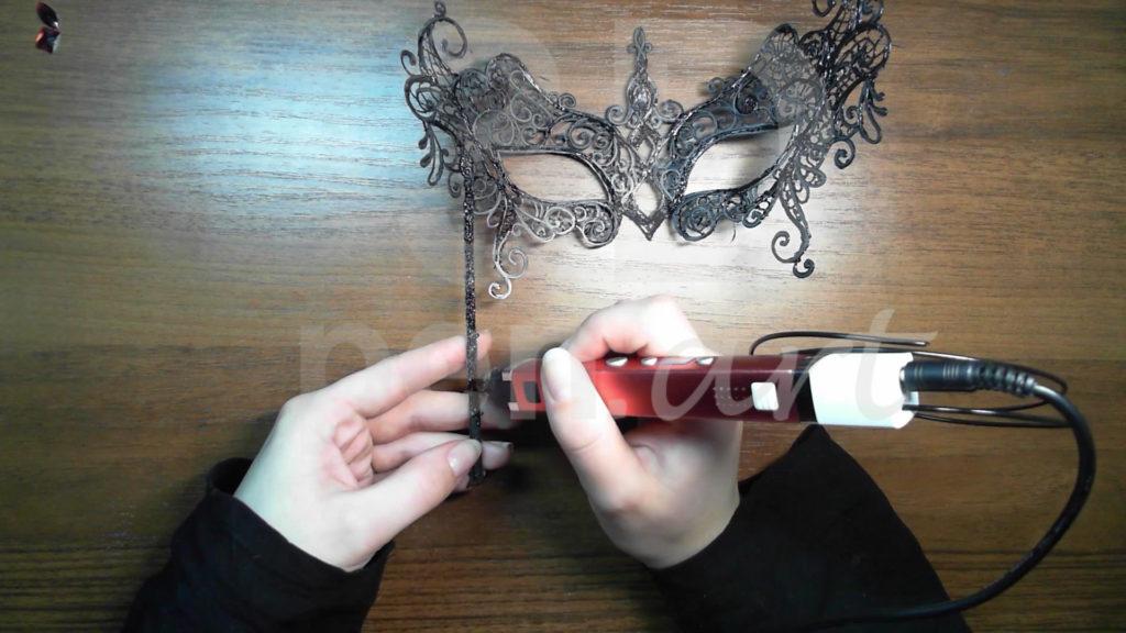 Маска 3D ручкой. Штриховка палочки с обратной стороны