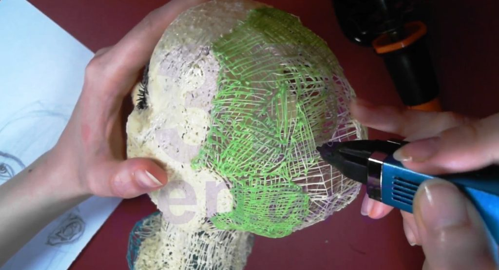 Билли Айлиш 3D ручкой. Черновая штриховка головы