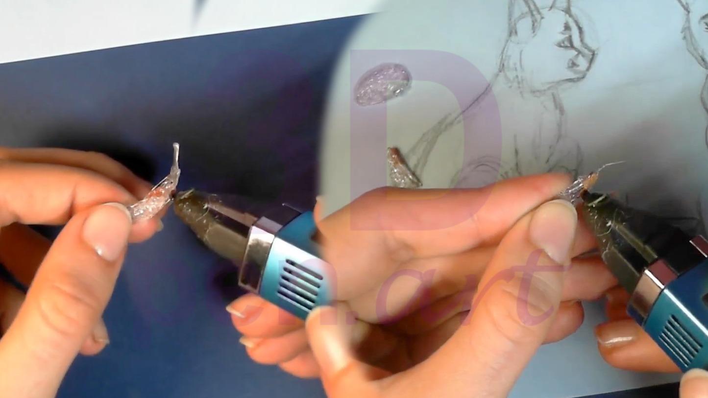 Рысь 3D ручкой. Хвост и уши обводим по трафарету