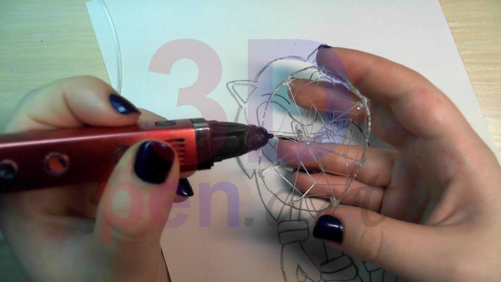 Соник 3D ручкой. Повторяем с обратной стороны