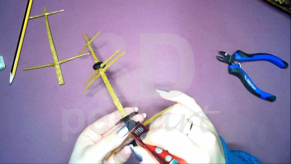 Корабль 3D ручкой. Крепим детали к грот-мачте
