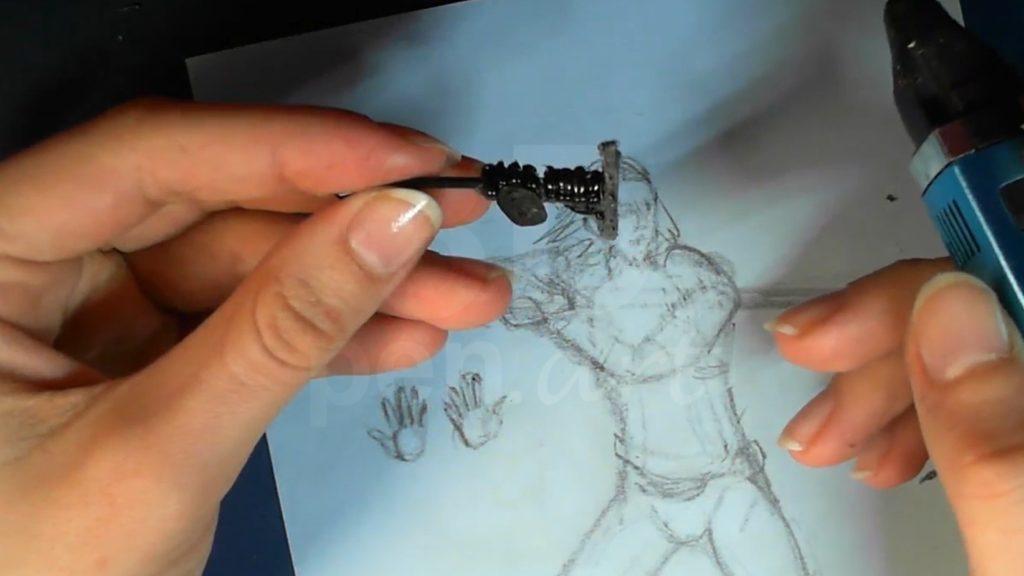 Ведьмак 3D ручкой. Прикрепляем ладони к рукояти и рисуем пальцы