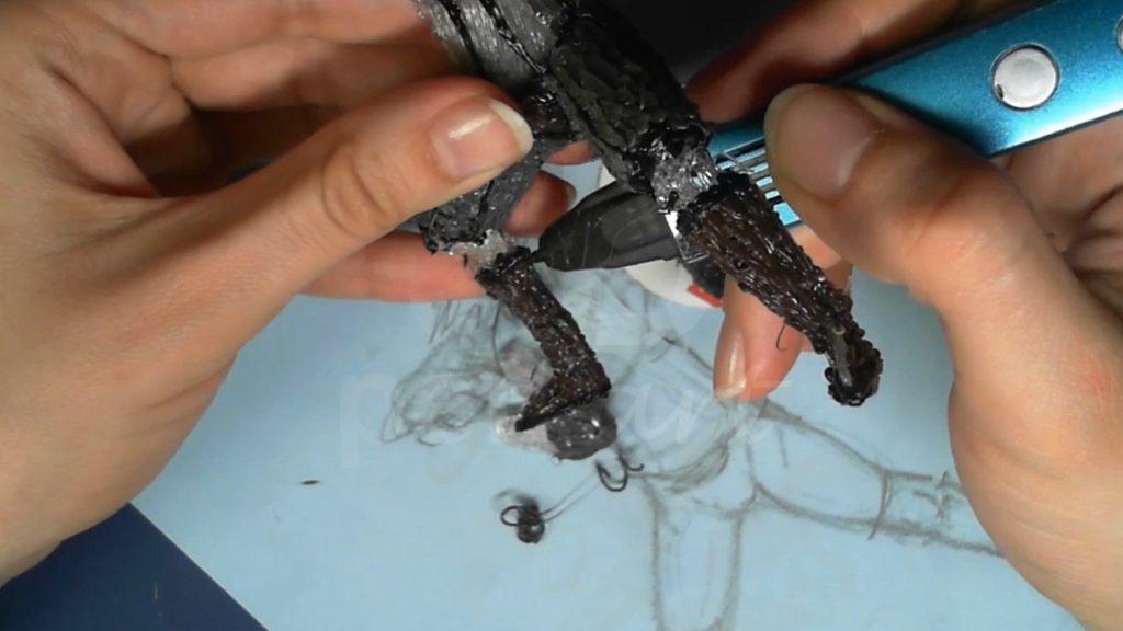 Ведьмак 3D ручкой. Раскрашиваем сапоги