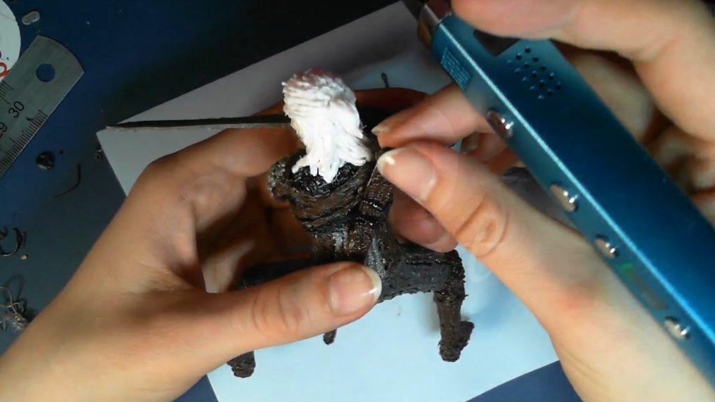 Ведьмак 3D ручкой. Рисуем детали и прикрепляем ножны