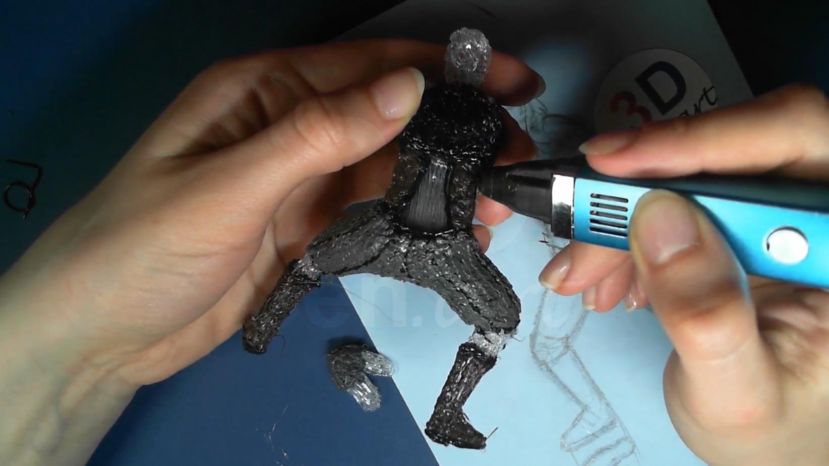 Ведьмак 3D ручкой. Штрихуем боковые детали брони