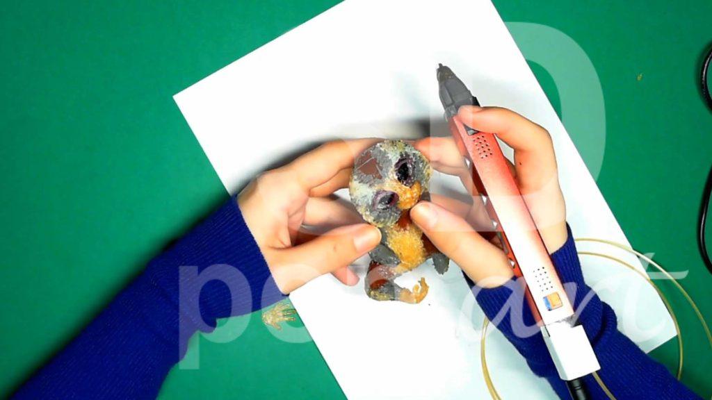 Обезьяна 3D ручкой. Сгибаем стопы