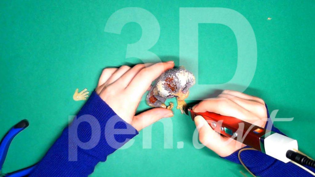 Обезьяна 3D ручкой. Крепим вторую стопу