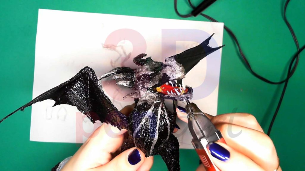 Дракон 3D ручкой. Детализация серым цветом